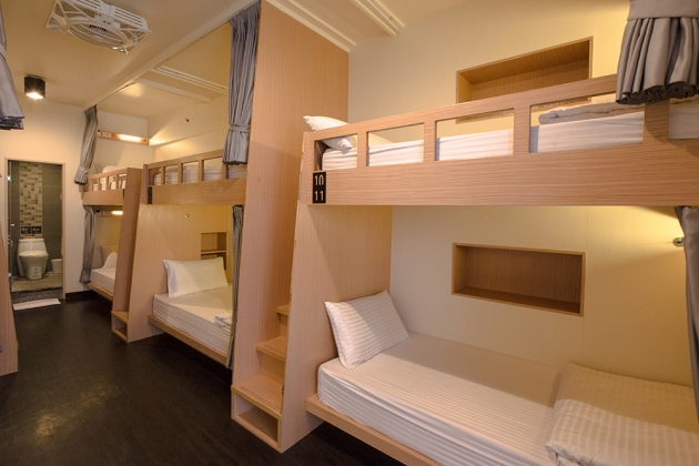Deluxe Single Bed Mixed Dorm (with a balcony) 3