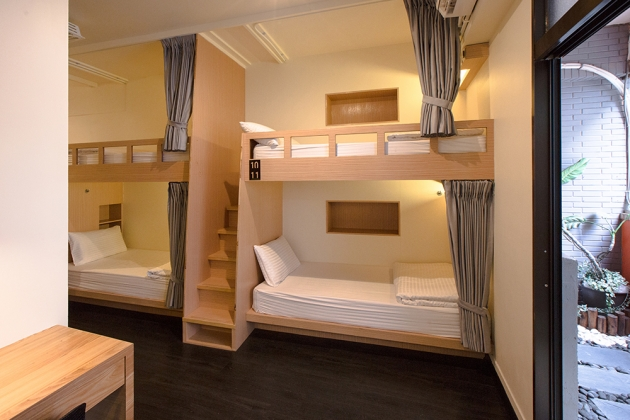 Deluxe Single Bed Mixed Dorm (with a balcony) 4